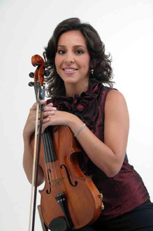 Vivian Schmidt Pereira de Azevedo