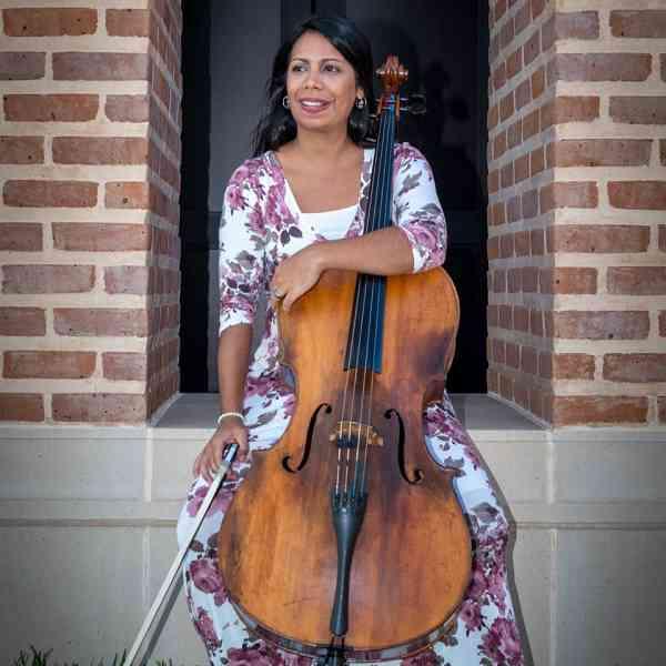 Mayara Velasquez