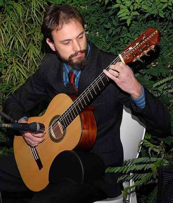 Alex Anderson Zanao