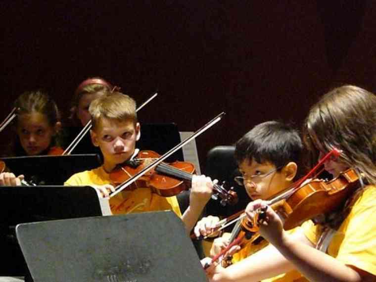 Violin section at Suzuki Music Columbus