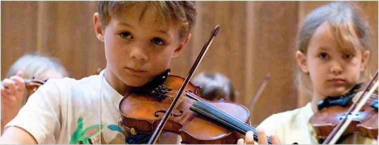 Violin students at Japan-Seattle Suzuki Institute