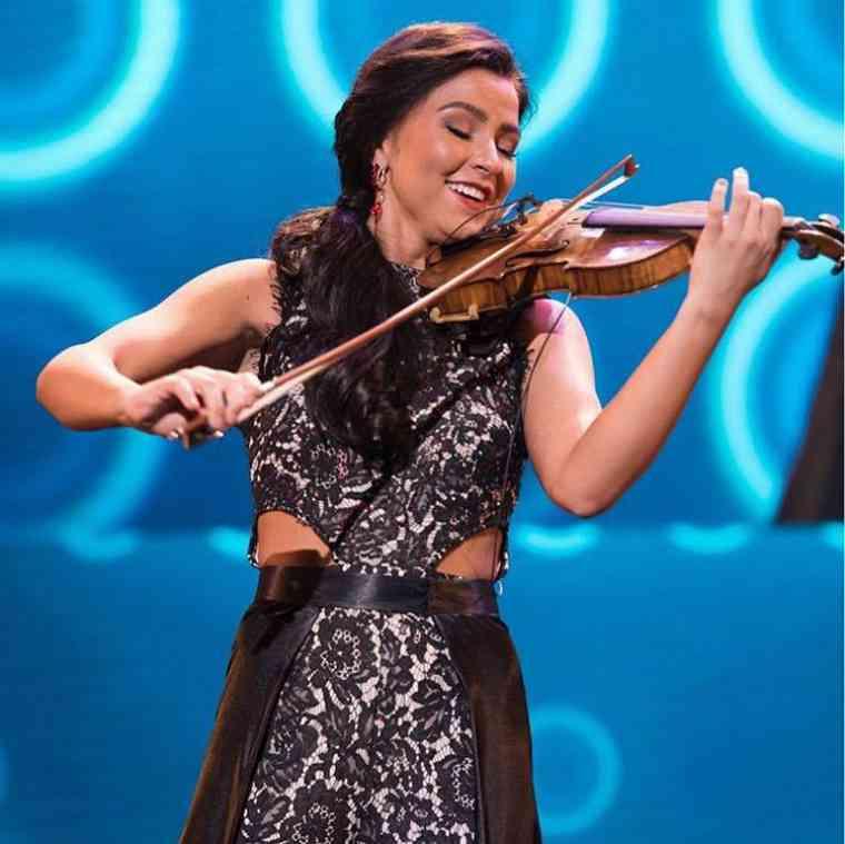 Miss Utah started violin as a Suzuki child