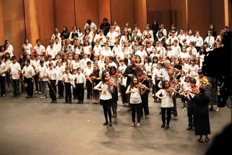 Violins at Teatro Juarez