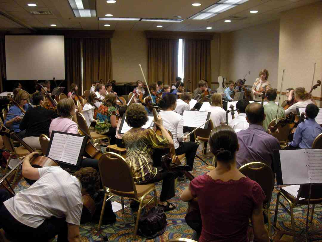 Cello ensemble session at the 2010 Conference