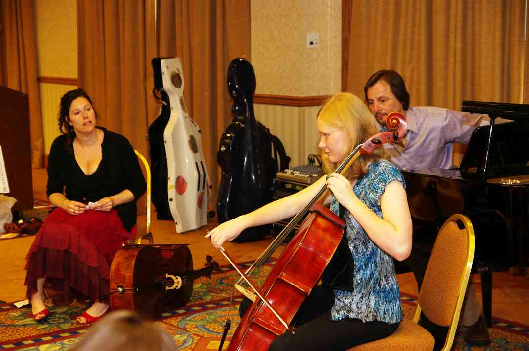 Amy Sue Barston gives a cello masterclass at the 2010 Conference