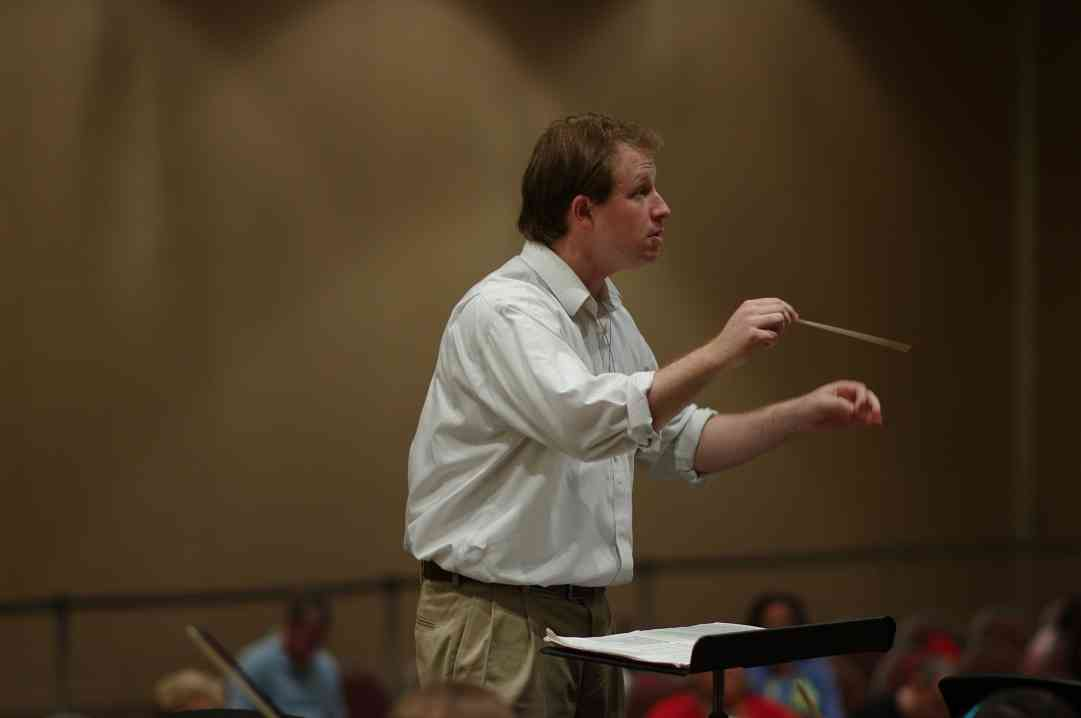 Emmett Drake conducts SYOA 1 rehearsal at the 2012 conference