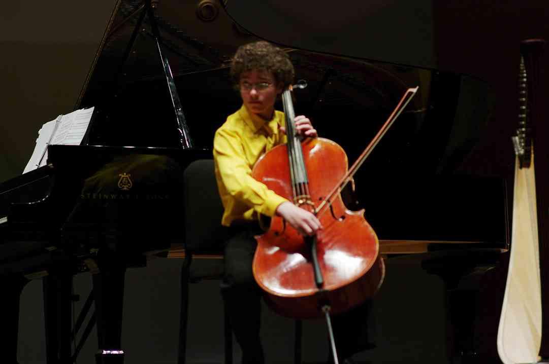 Johannes Gray performs Csardas in the Kaleidoscope Concert