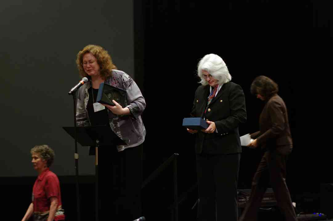 Winnifred Crock and Laurie Scott receive a Creating Learning Community award