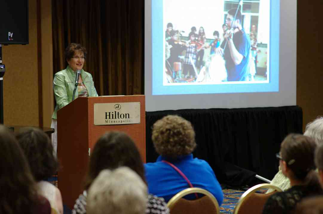 Ramona Stirling gives a session at the 2012 conference
