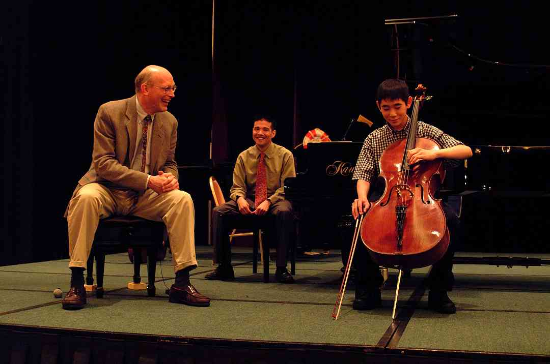 Cello masterclass at the 2002 SAA Conference
