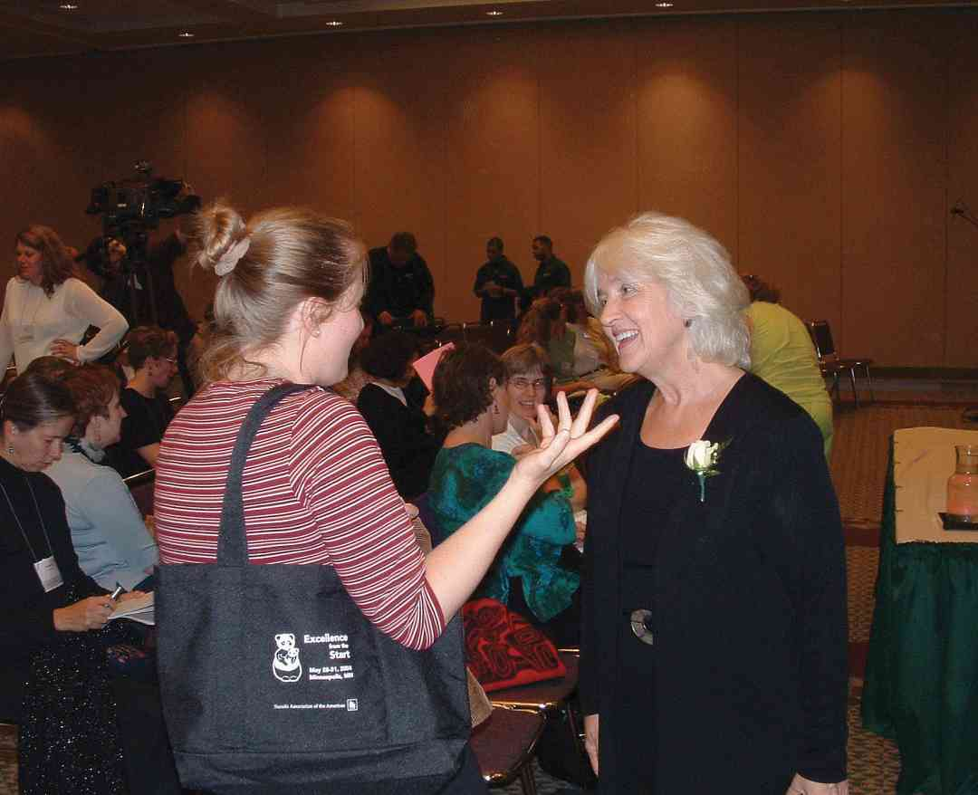 Parents as Partners keynote speaker Barbara Coloroso at the 2004 SAA Conference.
