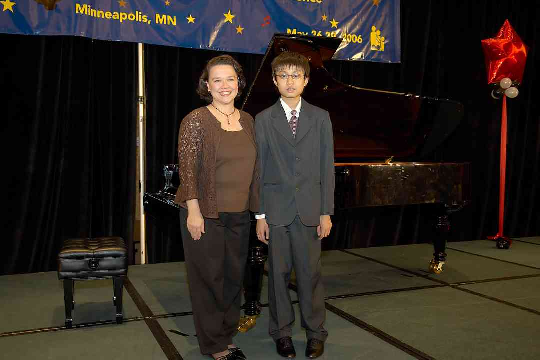"Xinran ""Ryan"" Liu, piano concerto performer, and teacher at the 2006 SAA Conference"