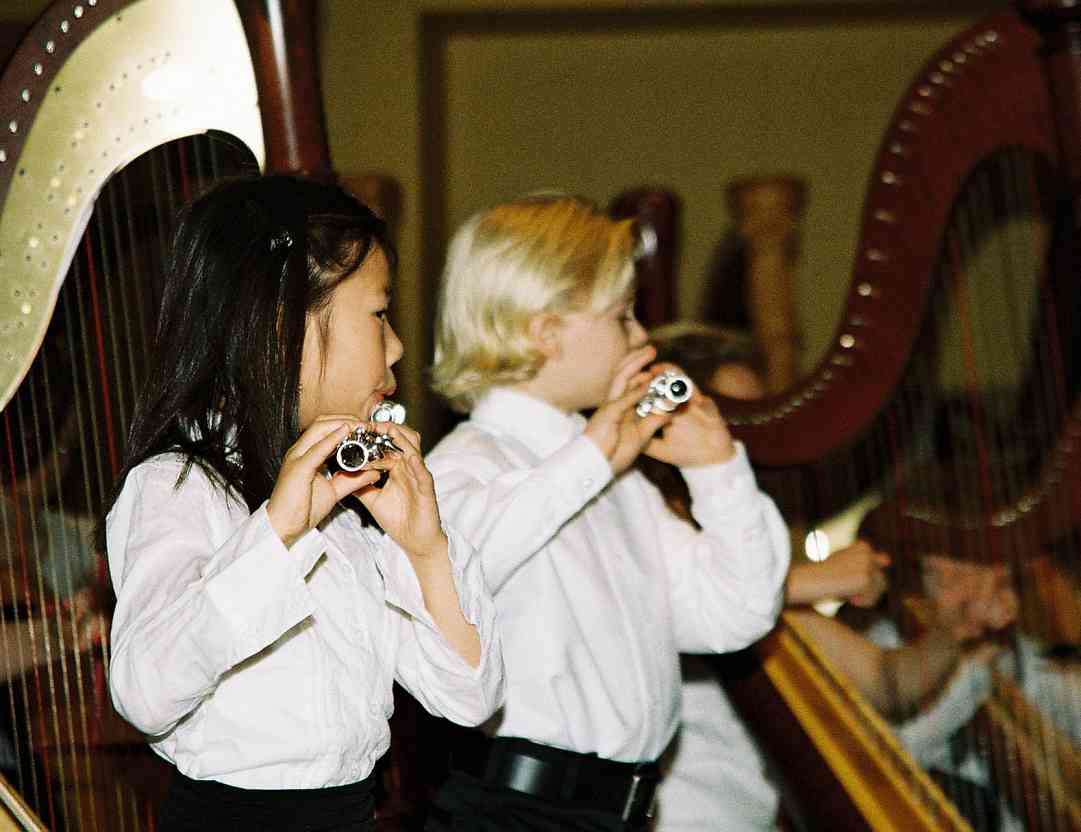 Young Suzuki flute students.