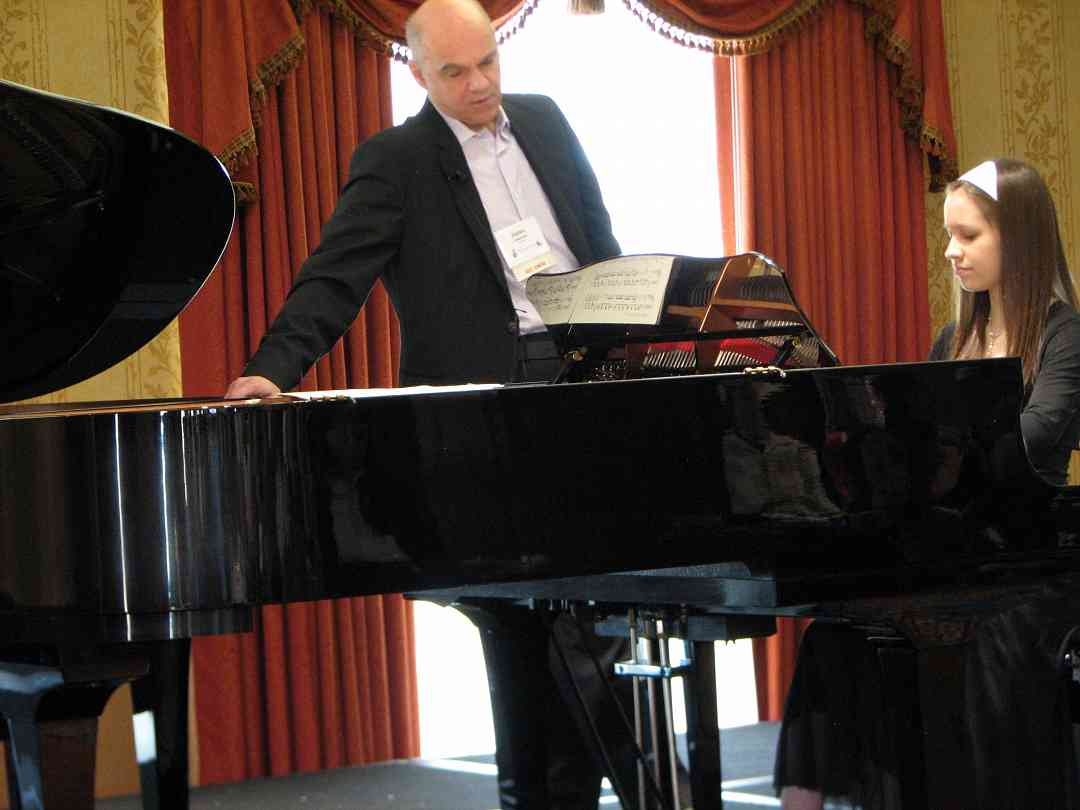 James Anagnoson gives a piano masterclass.