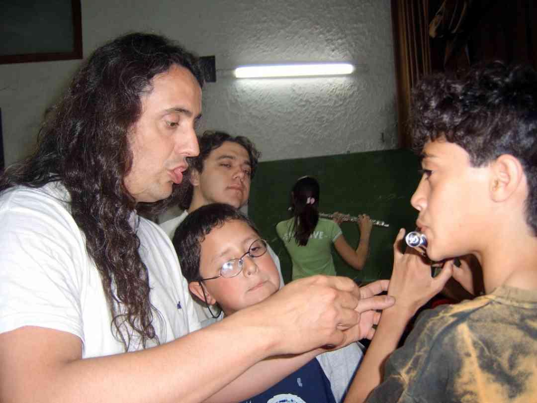 Fernando Formigo teaching flute