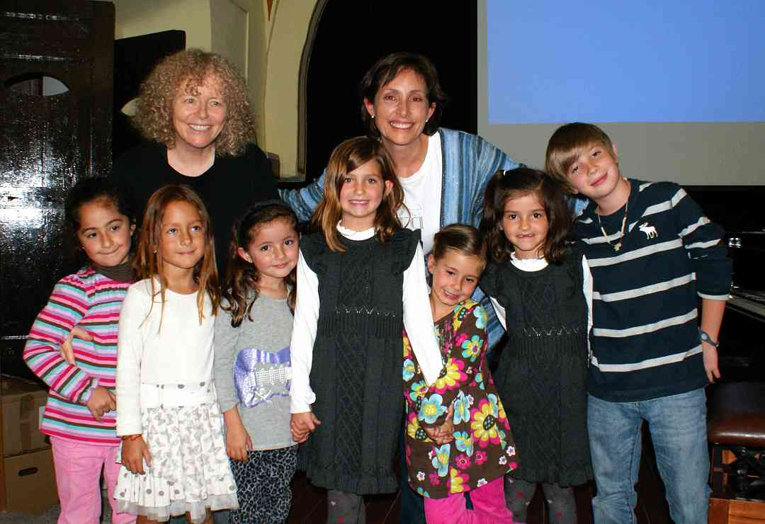 Leslie Mizrahi and Caroline Fraser with proud and happy students