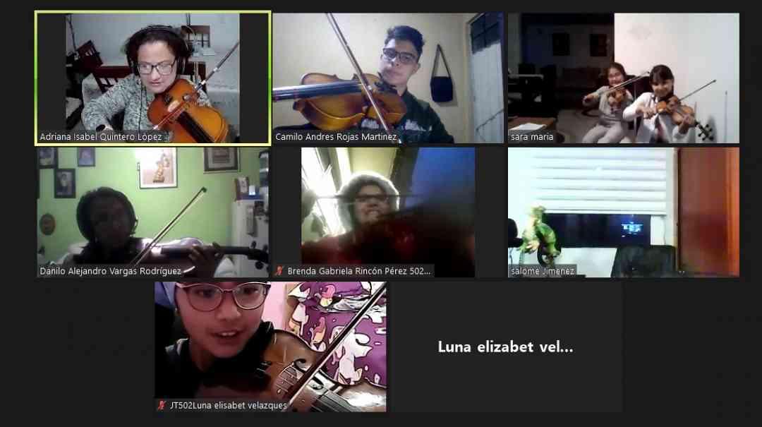 SEGUIMOS COMPARTIENDO MOMENTOS MUSICALES