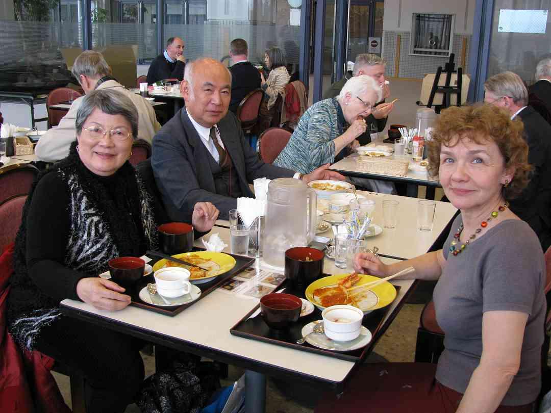 Faculty enjoying lunch