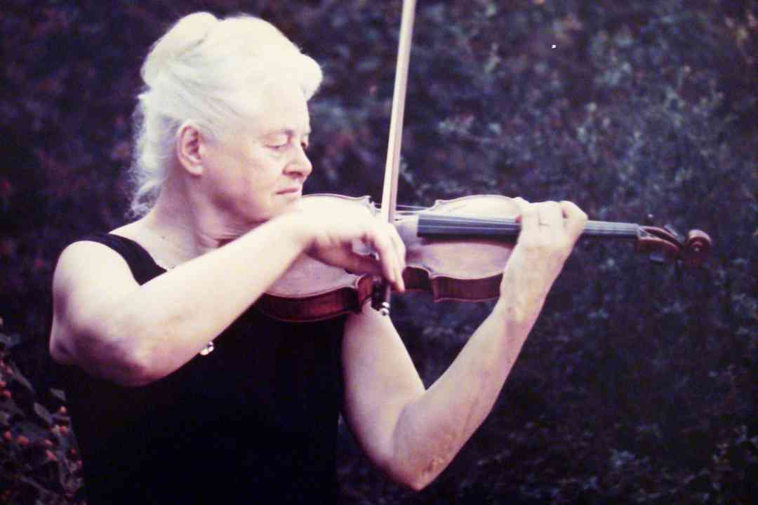 Margery Aber and Violin