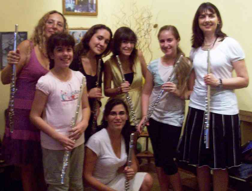 Laurel Ann Maurer, Mariana Capponi, and Suzuki flute students in La Plata, Argentina.
