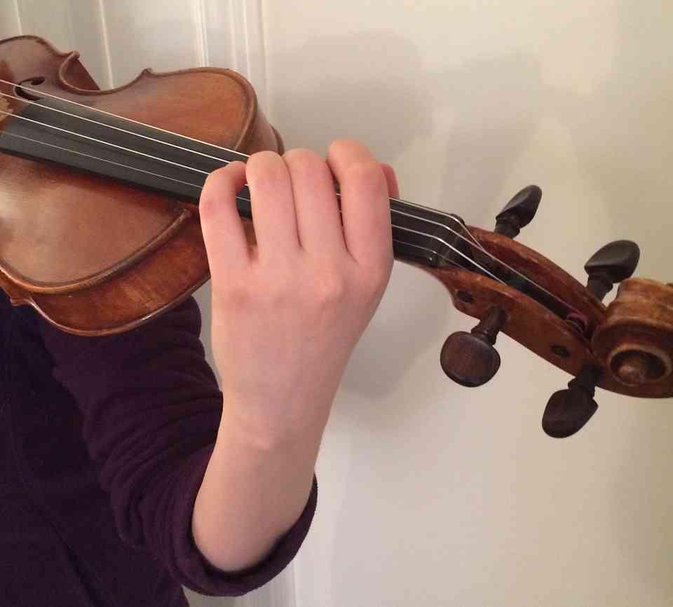left hand violin technique