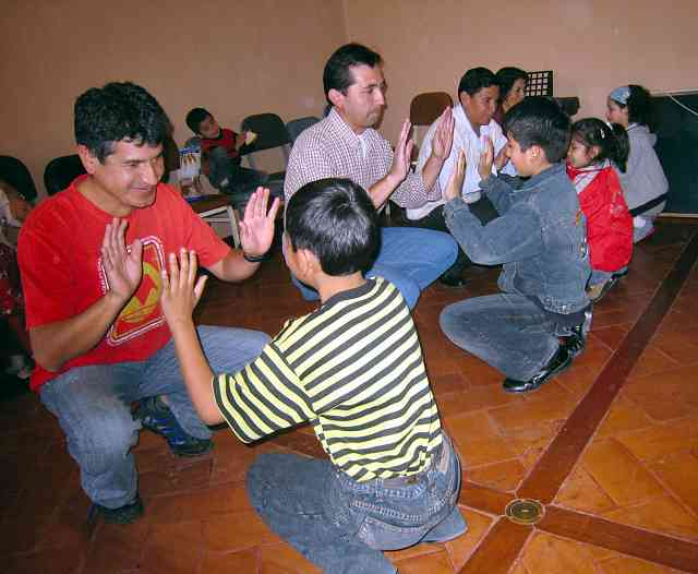 Piano group activity at the the 2008 Ayacucho National Workshop in Peru