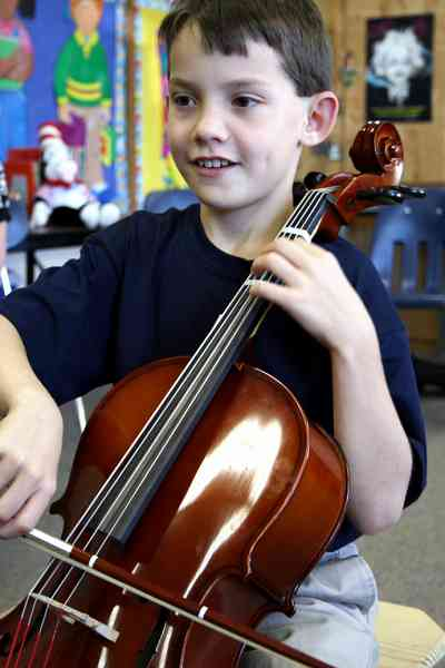 Cello student at Greenville Suzuki Strings Workshop
