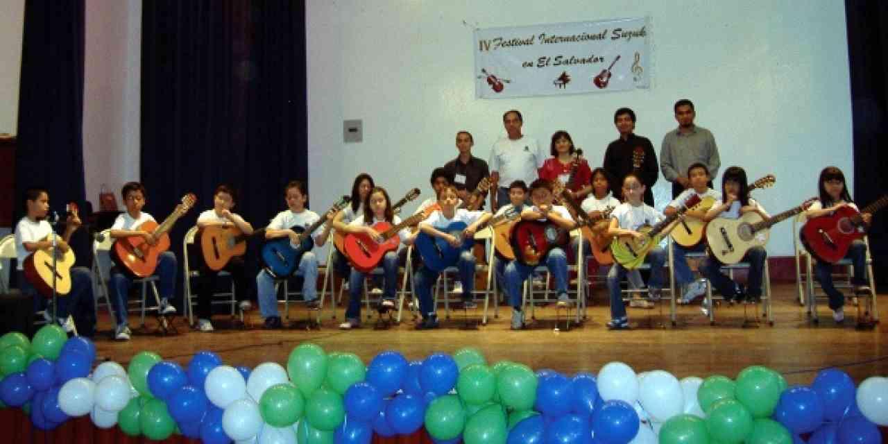 Final guitar concert at the IV Festival Internacional Suzuki en El Salvador