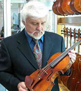 Robertson & Sons Violin Shop